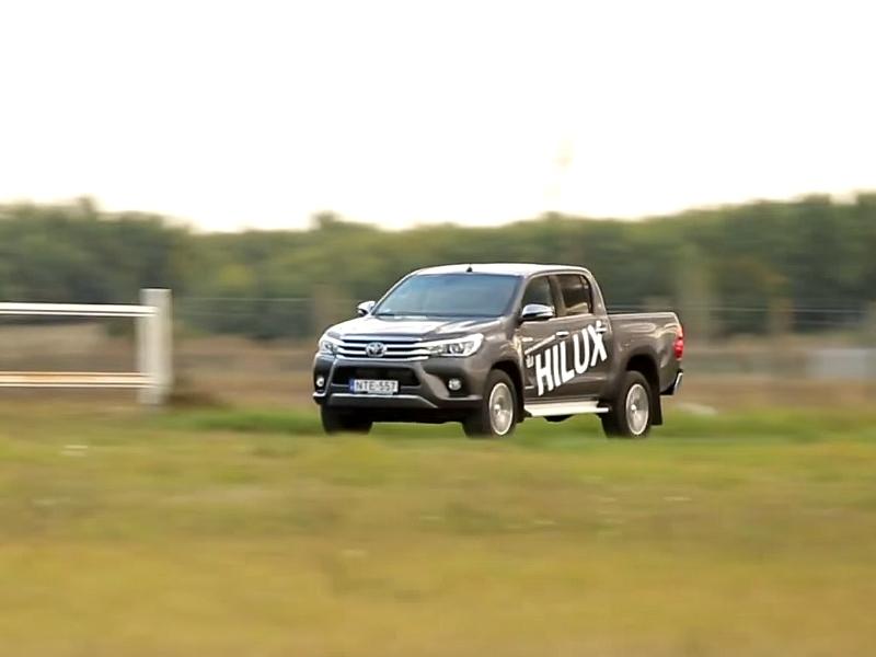 Photo of Toyota Hilux a SportVerdában