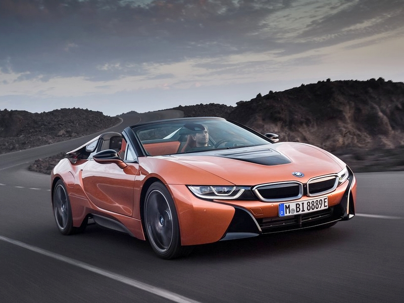 Photo of Bemutatkozott az új BMW i8 Roadster / Coupé