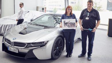 Photo of Átadták az első BMW i8 Roadster modelleket