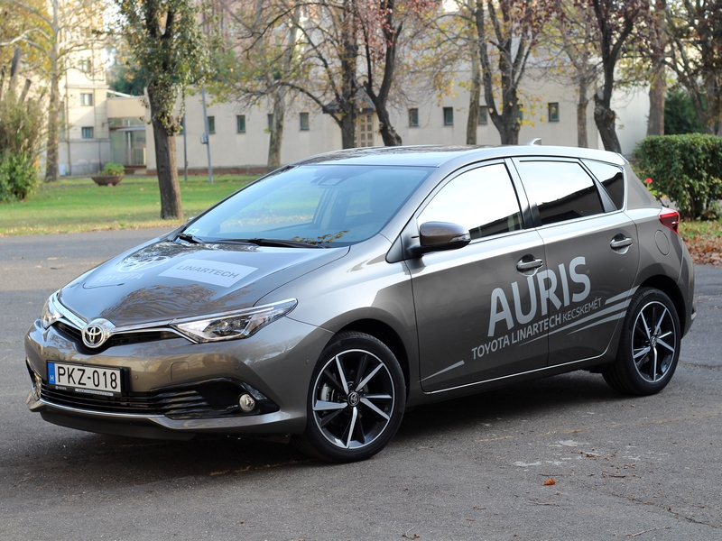 Photo of Toyota Auris – konzervatív kompakt