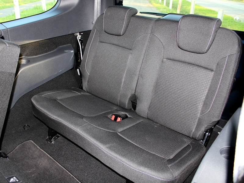 Dacia Lodgy ülés