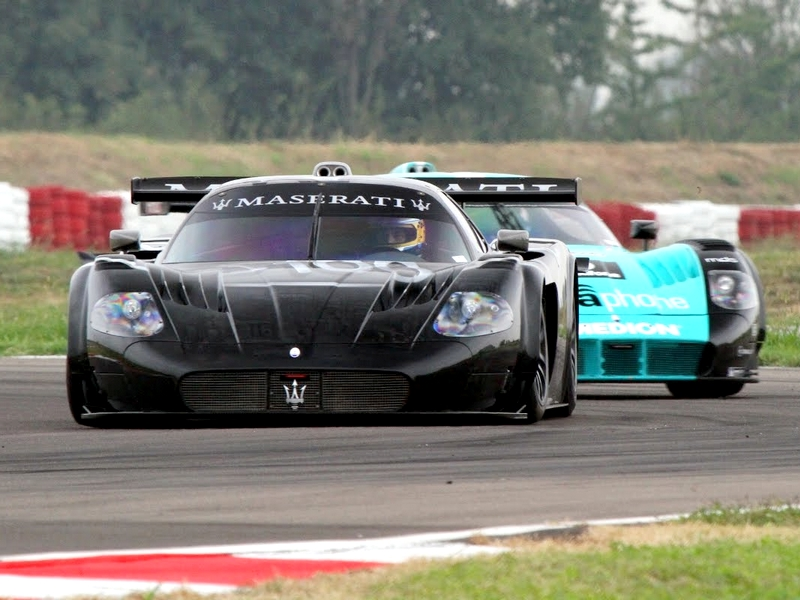 Photo of Maseratik kéz a kézben