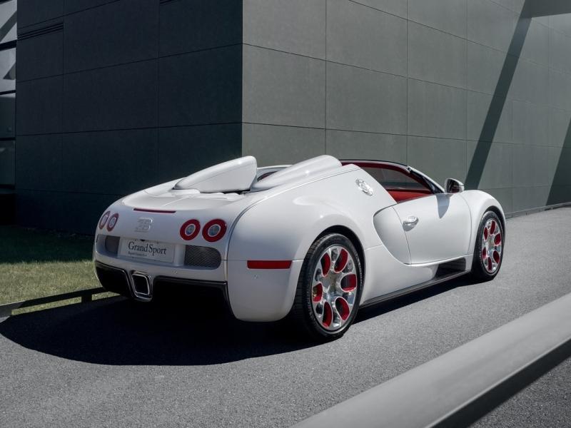 new-2012-bugatti-veyron-grand-sport-wei-long-rear-side-white