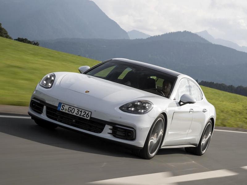 Photo of Porsche Panamera 4S Diesel