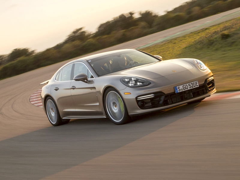 Photo of Porsche Panamera Turbo S E-Hybrid