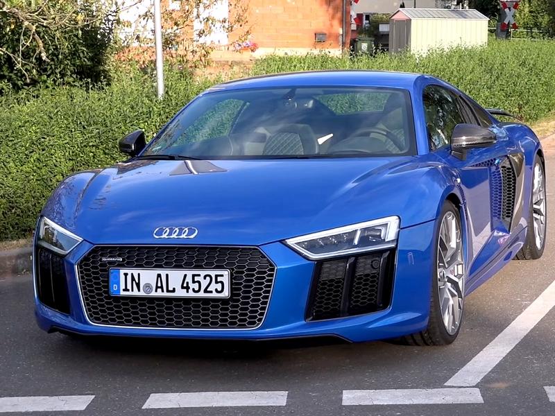 Photo of Audi R8 V10 Plus