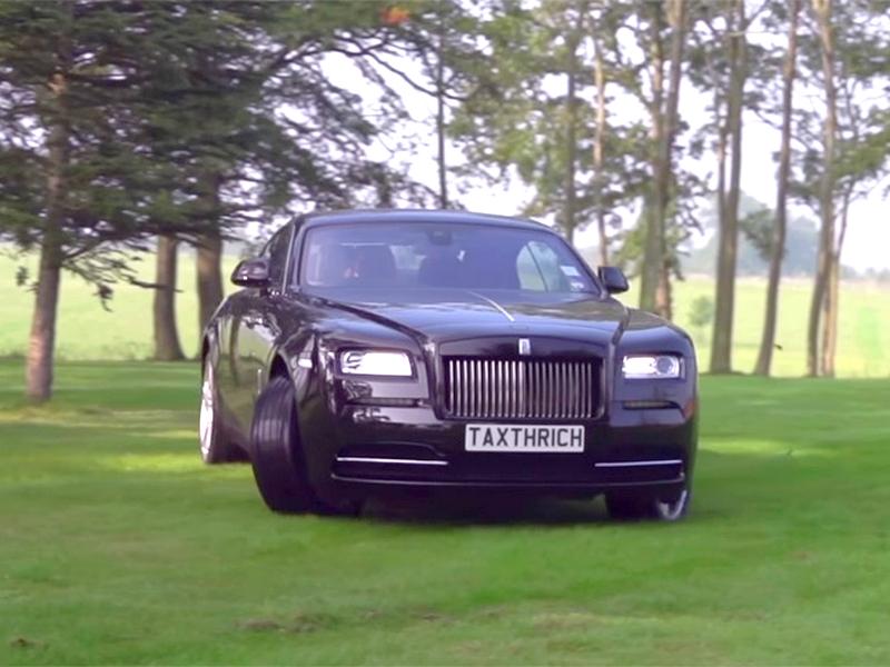 Photo of Rolls Royce – csapatás a réten