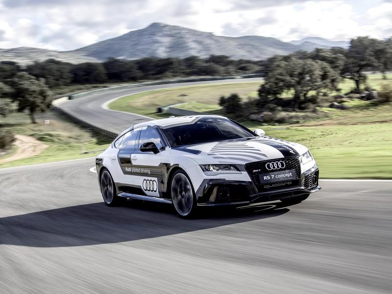 Photo of Versenytempóban száguldozik a pilóta nélküli Audi RS7