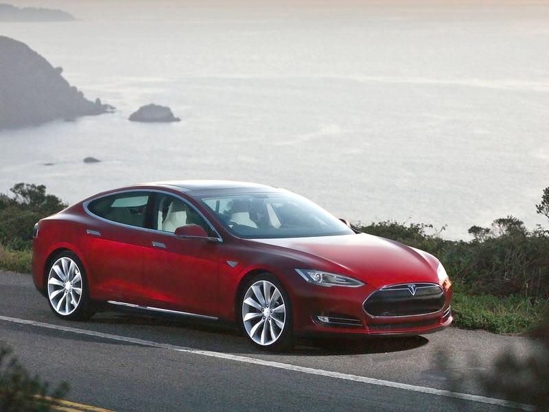 Photo of Hamarosan Magyarországon a Tesla
