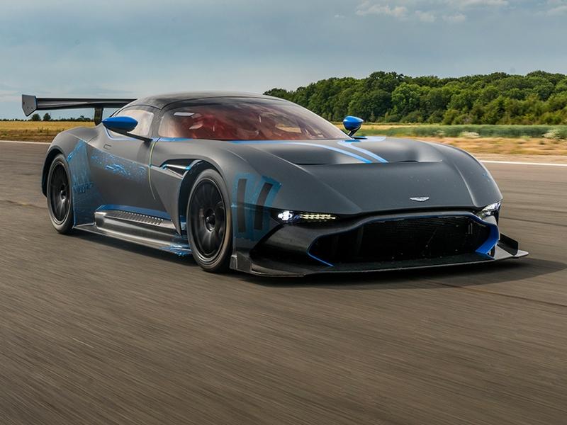 Photo of Aston Martin Vulcan – pályaszörnyeteg