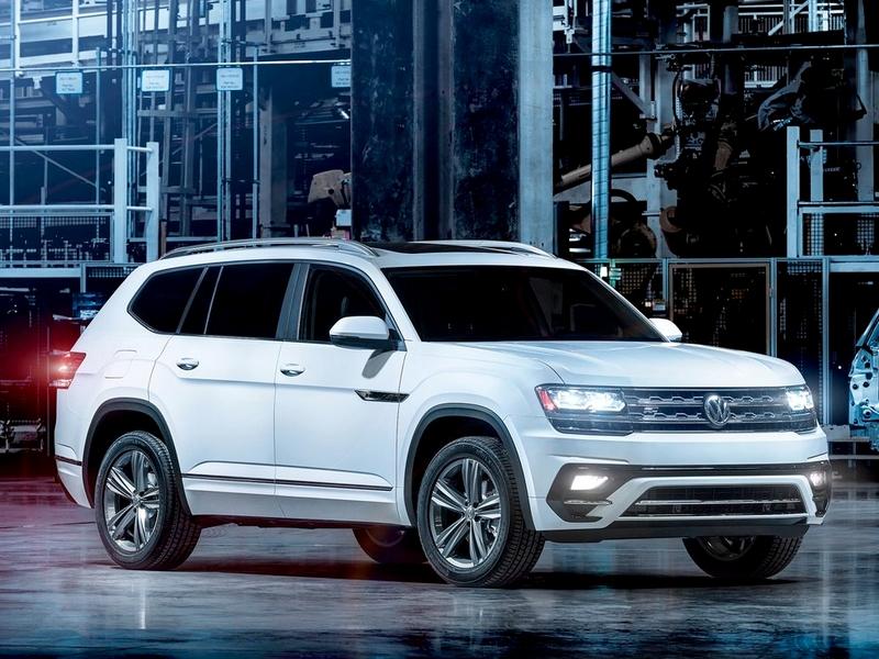 Photo of Volkswagen Atlas R-line