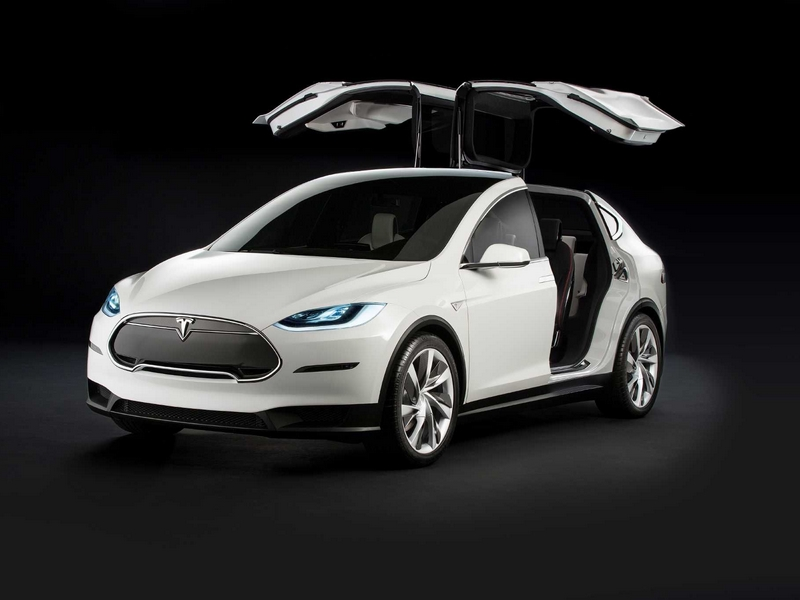 "Photo of Tesla Model X – családi ""sólyomszárnyú"""