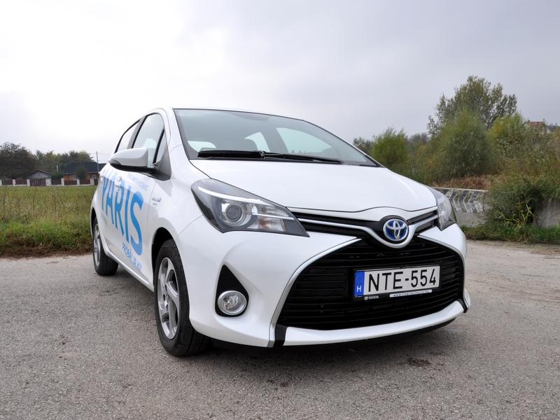 Photo of Toyota Yaris Hybrid teszt – hófehér szamuráj